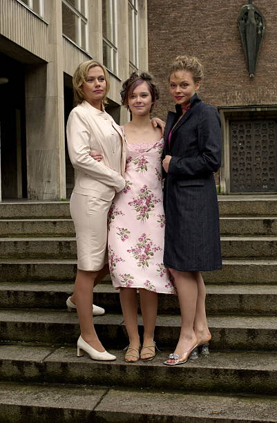 Jennifer Nitsch (Braut), Nadja Bobyleva,;Susanna Simon, (v ...  Jennifer Nitsch...