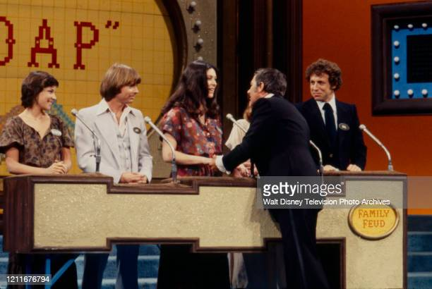 75 Family Feud 1978 Diana Canova Photos And Premium High Res Pictures Getty Images Diana canova (born june 1, 1953) is an american actress known for her role of the promiscuous corinne diana canova biography, ethnicity, religion, interesting facts, favorites, family, updates. 2