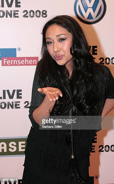 Jenniffer Kaeattends the ''1Live Krone'' awards on December 4 2008 in Bochum Germany
