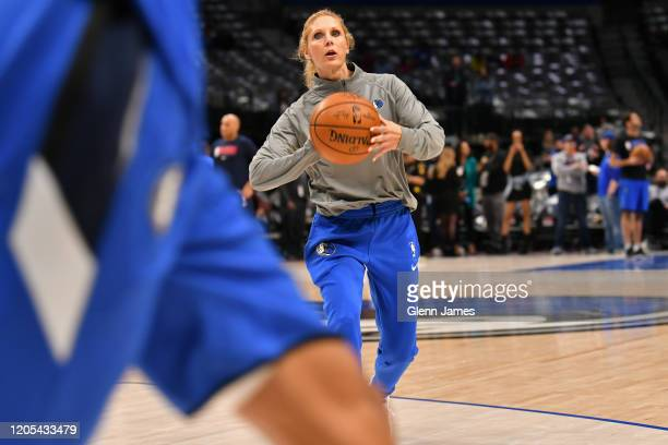 Jenny Boucek of the Dallas Mavericks warms up with players before the game against the New Orleans Pelicans on March 4 2020 at the American Airlines...