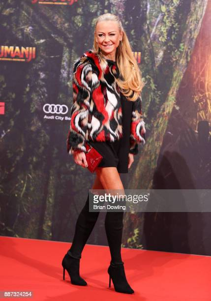 Jenny Elvers arrives at the German premiere of 'Jumanji Willkommen im Dschungel' at Sony Centre on December 6 2017 in Berlin Germ