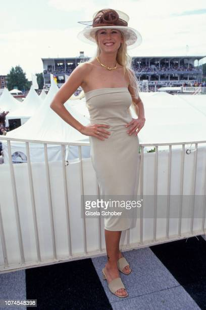 Jenny Elvers attends the 'Derby am Horn' in July 1999 in Hamburg Germany