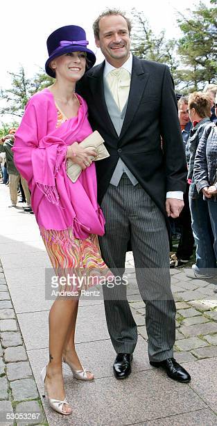 Jenny ElversElbertzhagen actress and her husband Goetz Elbertzhagen at the Sankt Severin church on June 11 2005 at Sylt in Germany Michael Stich and...