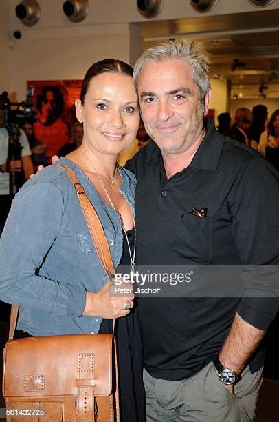 Jenny Jürgens mit Freund David Carreras Vernissage KunstAusstellung vom Künstlerduo Guldenstern Galerie Mensing Filiale Palma de Mallorca Insel...