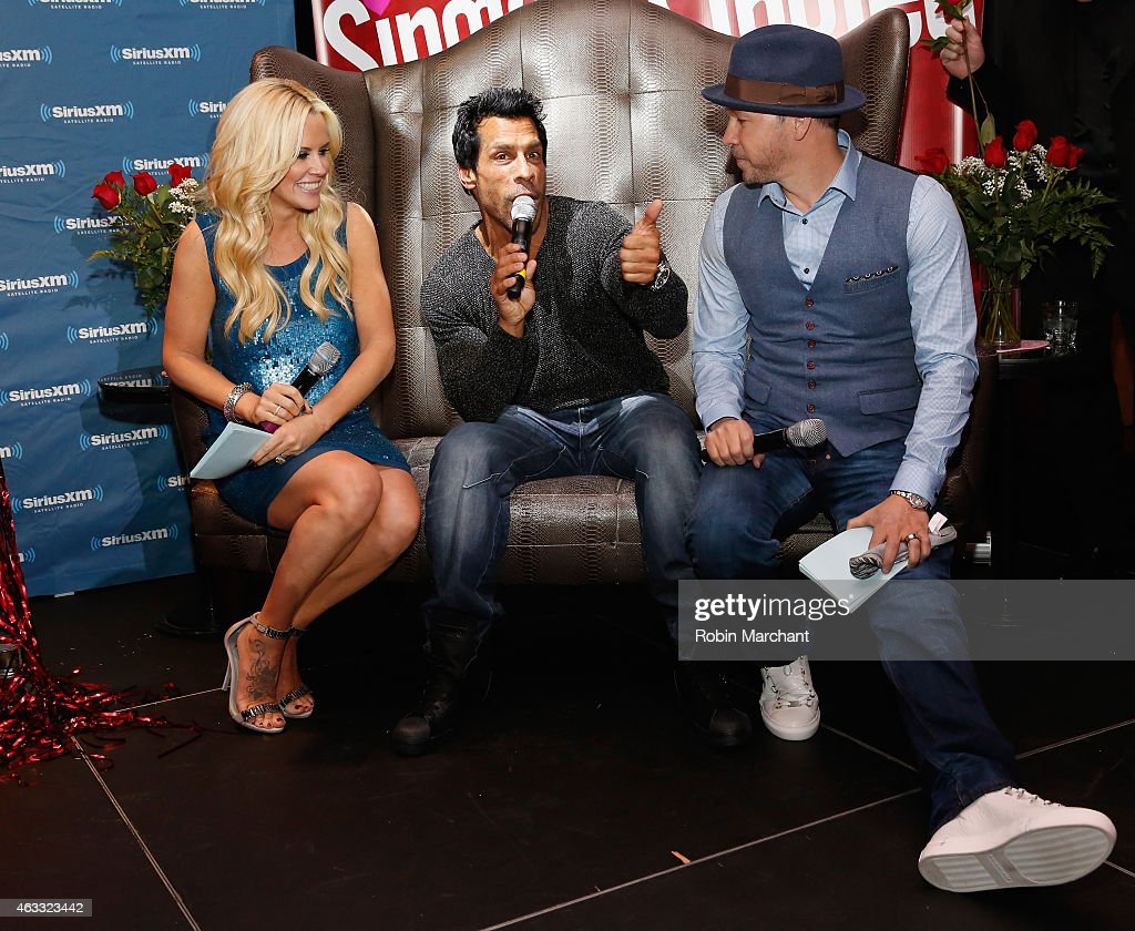 """Jenny McCarthy Hosts """"Singled Out...Again"""" On Her Exclusive SiriusXM Show, """"Dirty, Sexy, Funny With Jenny McCarthy"""" : News Photo"""