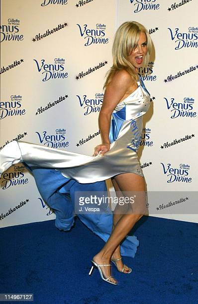 Jenny McCarthy in a gown inspired by the new Gillette Venus Divine razor Photo by J Vespa/WireImage for Porter Novelli