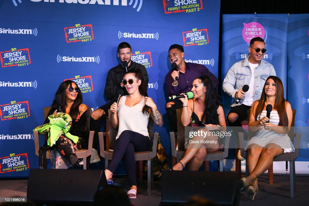 Jenny McCarthy's 'Inner Circle' Series On Her SiriusXM Show 'The Jenny McCarthy Show' With The Cast Of MTV's Jersey Shore Family Reunion Part 2 : News Photo