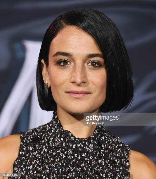 "Jenny Slate attends the premiere of Columbia Pictures' ""Venom"" at Regency Village Theatre on October 1, 2018 in Westwood, California."