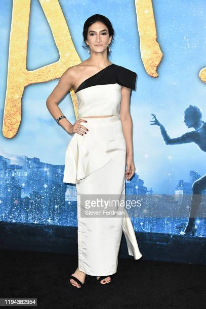 "Jenny Slate attends the world premiere of ""Cats"" at Alice Tully Hall, Lincoln Center on December 16, 2019 in New York City."
