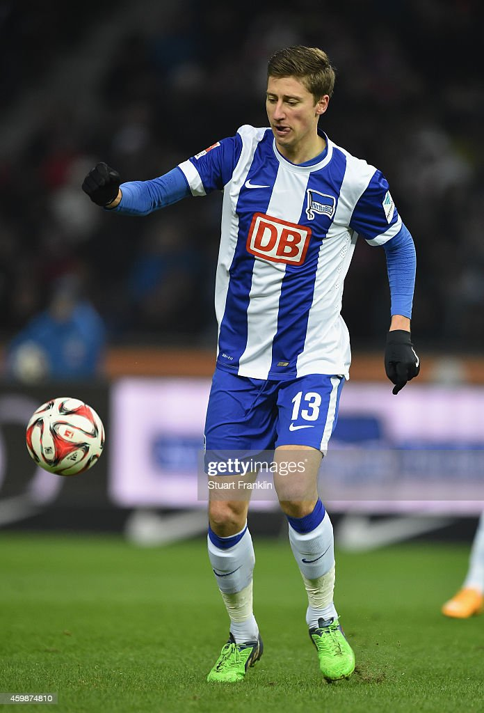 Jens Hegeler of Berlin in action during the Bundesliga match between Hertha BSC and FC Bayern Muenchen at Olympiastadion on November 29, 2014 in Berlin, Germany.