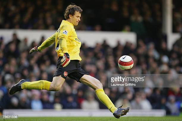 Jens Lehman of Arsenal in action during the Barclays Premiership match between Everton and Arsenal at Goodison Park on March 18 2007 in Liverpool...