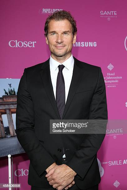 Jens Lehmann attends the CLOSER Magazin Hosts SMILE Award 2014 at Hotel Vier Jahreszeiten on November 4 2014 in Munich Germany
