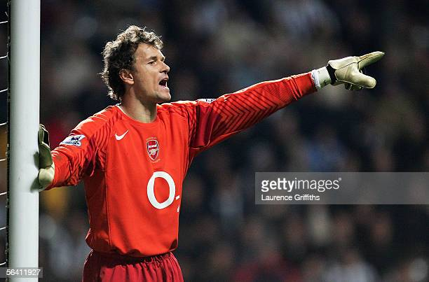 Jens Lehmann of Arsenal in action during the Barclays Premiership match between Newcastle United and Arsenal on December 10 2005 at St James Park in...