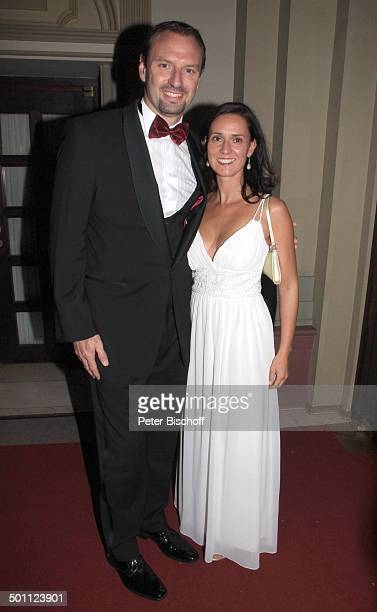 "Jens Nowotny , Ehefrau Michaela, Gala 31. ""Deutscher Sportpresseball"", Alte Oper, Frankfurt, Hessen, Deutschland, Europa, Foyer, sexy Dekollete..."