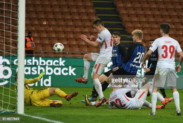 Jens Odgaard of FC Internazionale scores the third goal during the UEFA Youth League match between FC Internazionale U19 and Spartak Moscow U19 at...