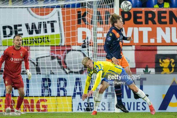Jens Odgaard of RKC Waalwijk and Emil Bergstrom of Willem II during the Dutch Eredivisie match between RKC Waalwijk and Willem II at Mandemakers...