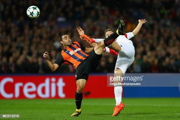 Jens Toornstra of Feyenoord and Ismaily of Shakhtar Donetsk battle for possession during the UEFA Champions League group F match between Feyenoord...