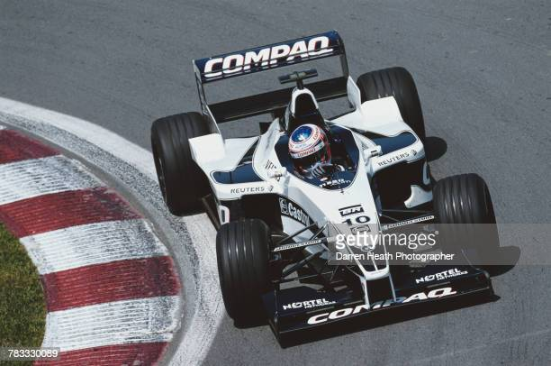 Jenson Button of Great Britain drives the BMW Williams F1 TeamWilliams FW22 BMW V10 during the Formula One Canadian Grand Prix on 18 June 2000 at the...