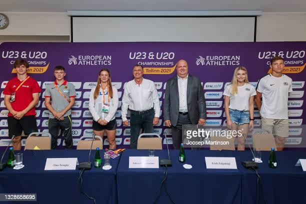 Jente Hauttekeete, Oliver Koletzko, Elina Tzengko, Dobromir Karamarinov, Erich Teigamägi, Pippi-Lotta Enok and Rasmus Roosleht pose for a photo...