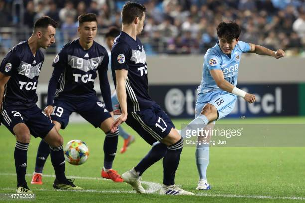 Jeong Seong-won of Daegu FC in action during the AFC Champions League Group F match between Daegu FC and Melbourne Victory at Daegu Forest Arena on...