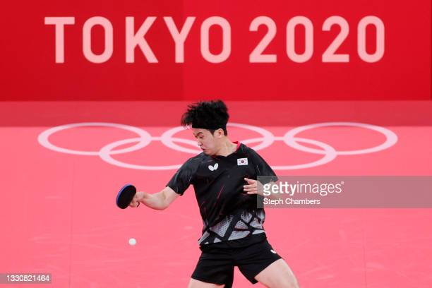 Jeoung Youngsik of Team South Korea in action during his Men's Singles Round 3 match on day four of the Tokyo 2020 Olympic Games at Tokyo...