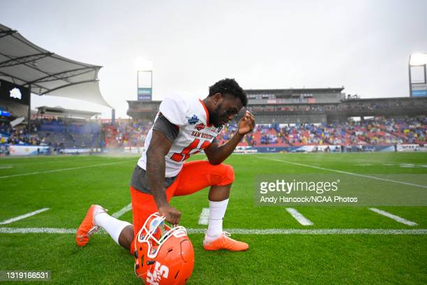 Jequez Ezzard of the Sam Houston State Bearkats takes a moment before the game against the South Dakota State Jackrabbits during the Division I FCS...