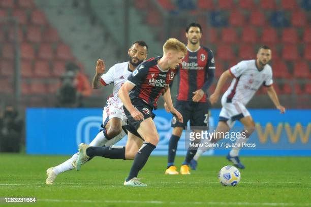 Jerdy Schouten of Bologna FC in action during the Serie A match between Bologna FC and Cagliari Calcio at Stadio Renato Dall'Ara on October 31, 2020...