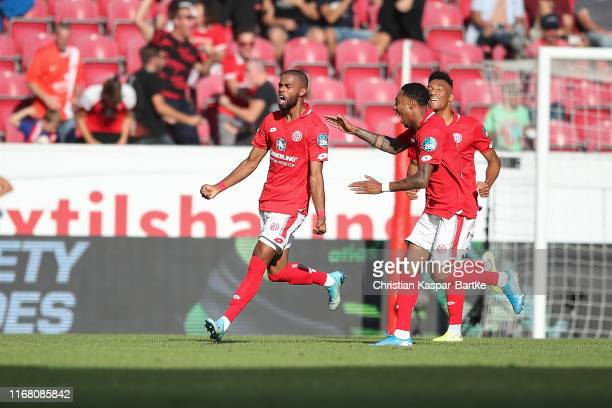 Jeremiah St.Juste of 1.FSV Mainz 05 celebrates after scoring his team's second goal during the Bundesliga match between 1. FSV Mainz 05 and Hertha...