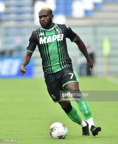 Jeremie Boga of US Sassuolo in action during the Serie A match between US Sassuolo and SPAL at Mapei Stadium Città del Tricolore on September 22...