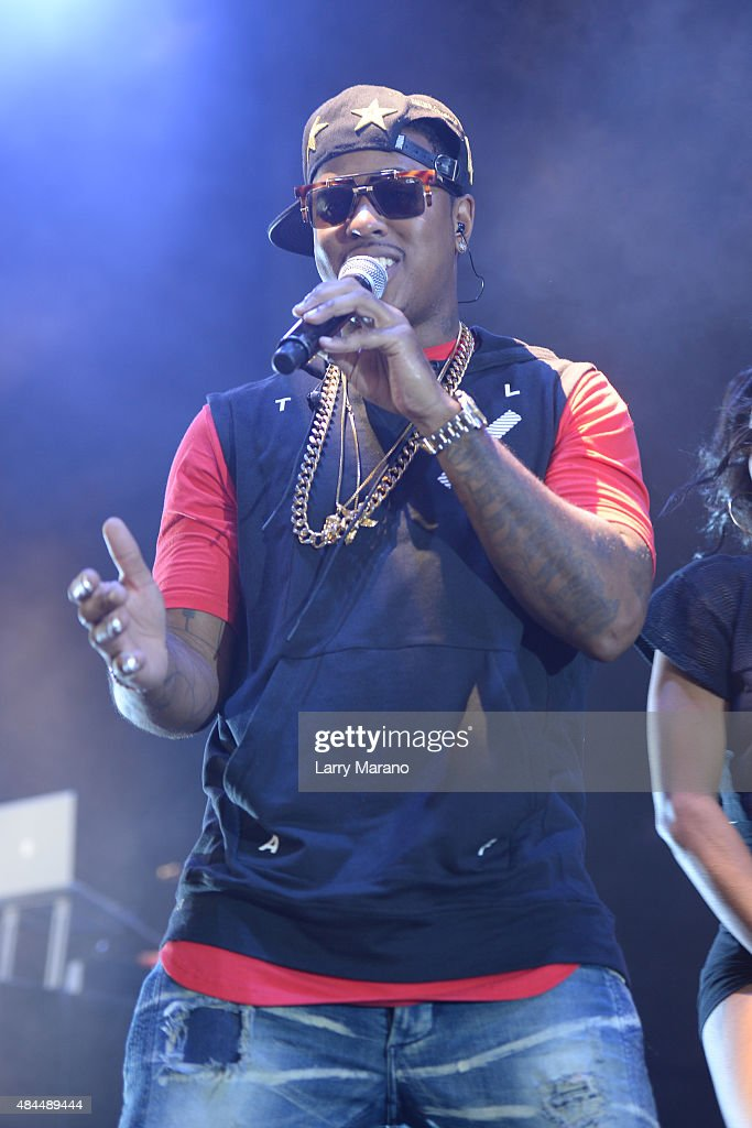 Jeremih performs at The Perfect Vodka Amphitheater on August 18, 2015 in West Palm Beach Florida.