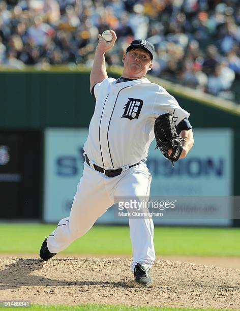 Jeremy Bonderman of the Detroit Tigers pitches against the Minnesota Twins during the game at Comerica Park on October 1 2009 in Detroit Michigan The...