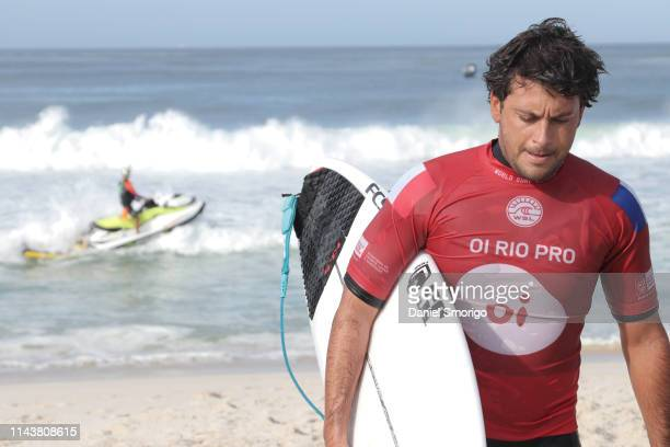 Jeremy Flores from France scored big on a deep barrel to win Heat 9 of Round 2 and will now surf Round 3 at the Oi Rio Pro in Saquarema, Rio de...