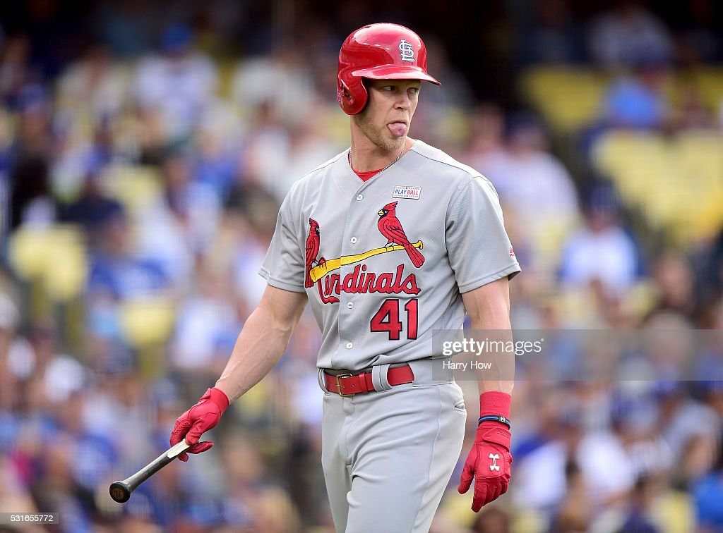 Jeremy Hazelbaker #41 of the St. Louis Cardinals reacts after his broken bat foul during the second inning against the St. Louis Cardinals at Dodger Stadium on May 15, 2016 in Los Angeles, California.