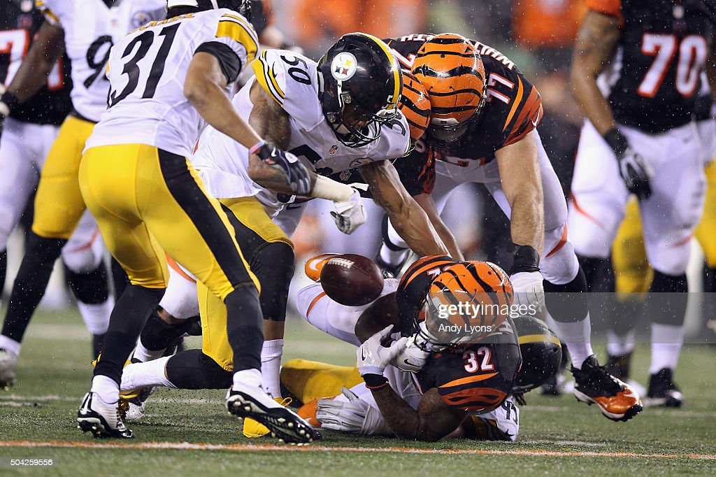 Wild Card Round - Pittsburgh Steelers v Cincinnati Bengals : Fotografía de noticias