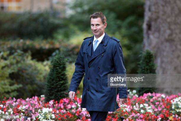Jeremy Hunt UK health secretary arrives for a cabinet meeting at number 10 Downing Street in London UK on Tuesday Oct 17 2017 UK Prime...