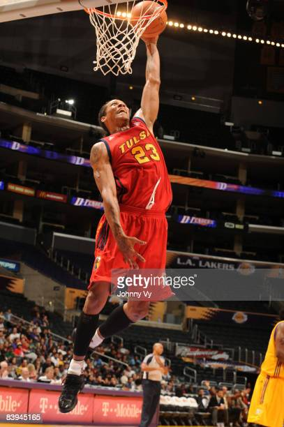 Jeremy Kelly of the Tulsa 66ers dunks against the Los Angeles DFenders at Staples Center on December 7 2008 in Los Angeles California NOTE TO USER...