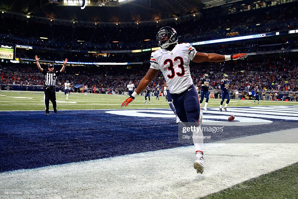 Jeremy Langford #33 of the Chicago Bears celebrates after scoring a touchdown in the second quarter against the St. Louis Rams at the Edward Jones Dome on November 15, 2015 in St. Louis, Missouri.