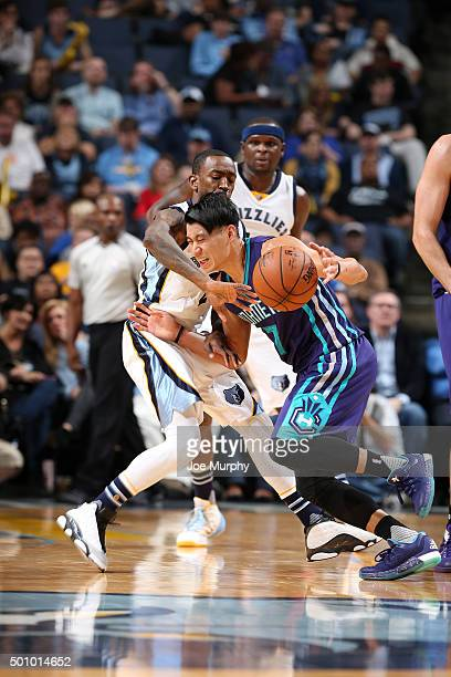 Jeremy Lin of the Charlotte Hornets handles the ball during the game against the Memphis Grizzlies on December 11 2015 at FedExForum in Memphis...