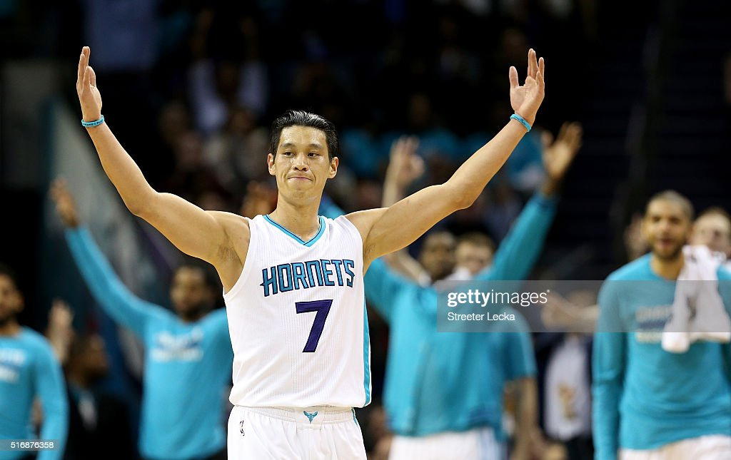 Jeremy Lin #7 of the Charlotte Hornets reacts after making a basket against the San Antonio Spurs during their game at Time Warner Cable Arena on March 21, 2016 in Charlotte, North Carolina.NOTE