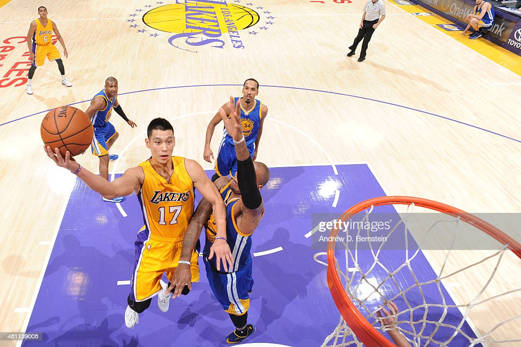 Jeremy Lin #17 of the Los Angeles Lakers shoots against the Golden State Warriors on December 23, 2014 at Staples Center in Los Angeles, California.