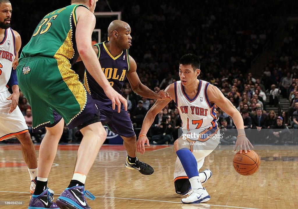 b275a1da02d2 Jeremy Lin of the New York Knicks in action against the New Orleans ...