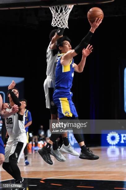 Jeremy Lin of the Santa Cruz Warriors goes to the basket against the Austin Spurs on February 28, 2021 at AdventHealth Arena in Orlando, Florida....