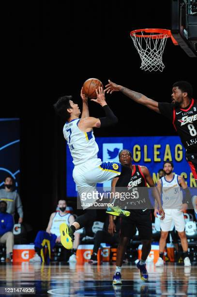 Jeremy Lin of the Santa Cruz Warriors goes to the basket against the Erie BayHawks on March 2, 2021 at AdventHealth Arena in Orlando, Florida. NOTE...