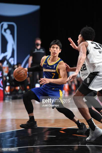 Jeremy Lin of the Santa Cruz Warriors handles the ball aAustin Spurs on February 28, 2021 at AdventHealth Arena in Orlando, Florida. NOTE TO USER:...