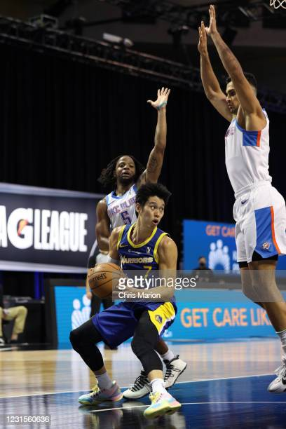 Jeremy Lin of the Santa Cruz Warriors handles the ball against the Oklahoma City Blue on March 6, 2021 at HP Field House in Orlando, Florida. NOTE TO...
