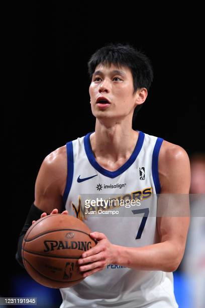 Jeremy Lin of the Santa Cruz Warriors shoots free throws against the Raptors 905 on February 15, 2021 at AdventHealth Arena in Orlando, Florida. NOTE...