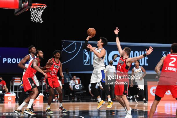 Jeremy Lin of the Santa Cruz Warriors shoots the ball against the Raptors 905 on February 15, 2021 at AdventHealth Arena in Orlando, Florida. NOTE TO...