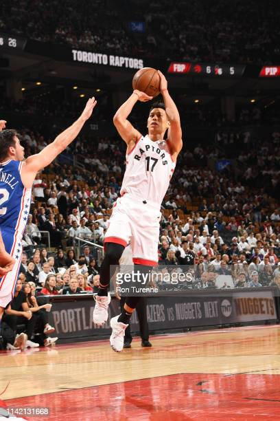 Jeremy Lin of the Toronto Raptors shoots the ball against the Philadelphia 76ers during Game Five of the Eastern Conference SemiFinals of the 2019...