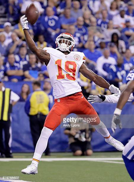 Jeremy Maclin of the Kansas City Chiefs reaches for a pass during the game against the Indianapolis Colts at Lucas Oil Stadium on October 30, 2016 in...