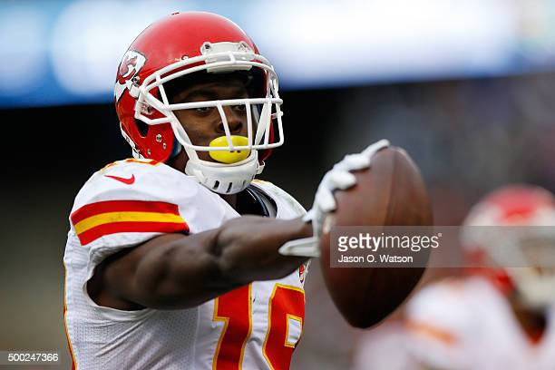 Jeremy Maclin of the Kansas City Chiefs scores on 13yard pass from Alex Smith during their NFL game against the Oakland Raiders at Oco Coliseum on...
